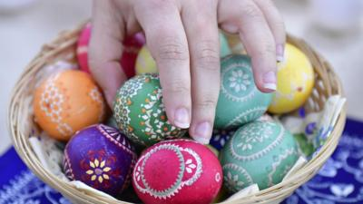 Easter traditions around the world - CBBC Newsround