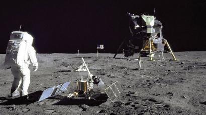 Llegada del Apolo 11 a la Luna: el experimento que continúa ...
