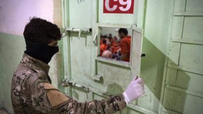 نشطاء يطالبون بوقف عمليات التهريب من مناطق النظام وقسد تفادياً لـ ...