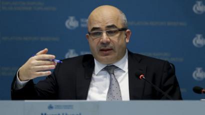 TCMB Başkanı Murat Uysal, dün gazetecilere yaptığı açıklamada bir kur hedefleri olmadığını söylerken rezervler konusunda da endişe edecek bir durum olmadığını dile getirdi.