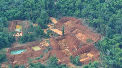 Área de garimpo próximo a área indígena