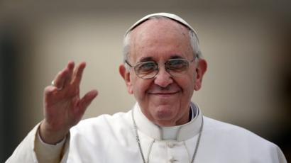 Pope Francis makes it easier for Catholics to remarry - BBC News