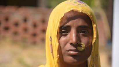 साड़ी वाली औरत का चुदाई का वीडियो