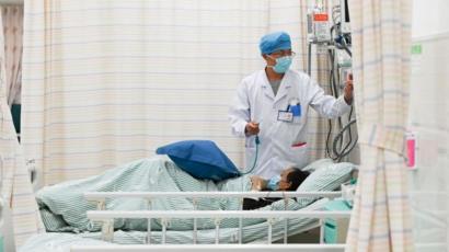 Coronavirus: el hombre de 86 años con 13 enfermedades crónicas que ...