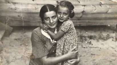 Liza y Ruth