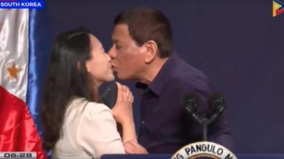 filipina poljubac poljupci ateistička djevojka izlazi s kršćanskim dječakom