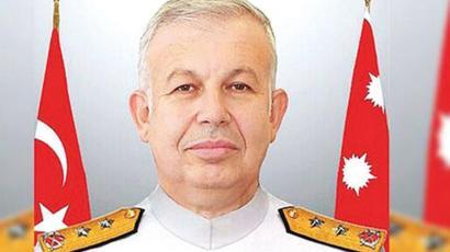 Tümamiral Cihat Yaycı kimdir, neden istifa etti? - BBC News Türkçe