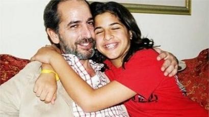 """هشام سليم: إشادة """"بشجاعته"""" بعد إعلانه تحول ابنته التي تعاني من ..."""