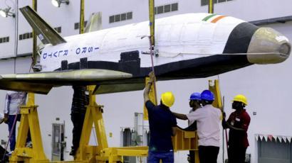 نموذج لصاروخ هندي قابل لإعادة الاستخدام