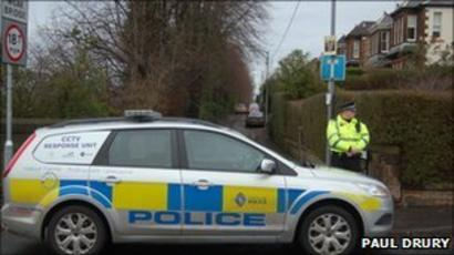 Masked Men Steal Jewellery In Giffnock Raid Bbc News