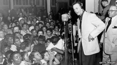 How the world's first rock concert ended in chaos - BBC News