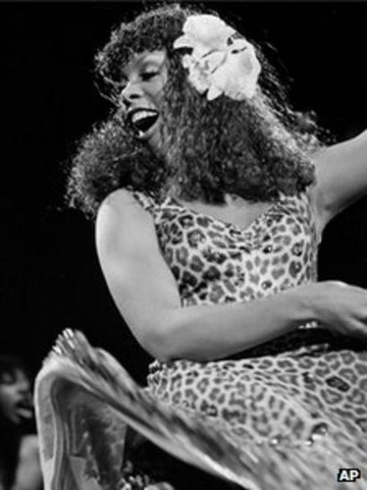 Donna Summer, queen of disco, dies at 63 - BBC News