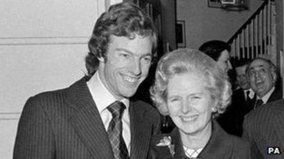 Margaret Thatcher paid for missing son desert search - BBC News