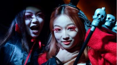 When Is Halloween 2020 Celebrated In Beijing Beijing bans Halloween costumes and make up on metro   BBC News