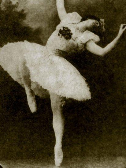 Drag queen dressed as Matilda Kshesinskaya, early 1910s