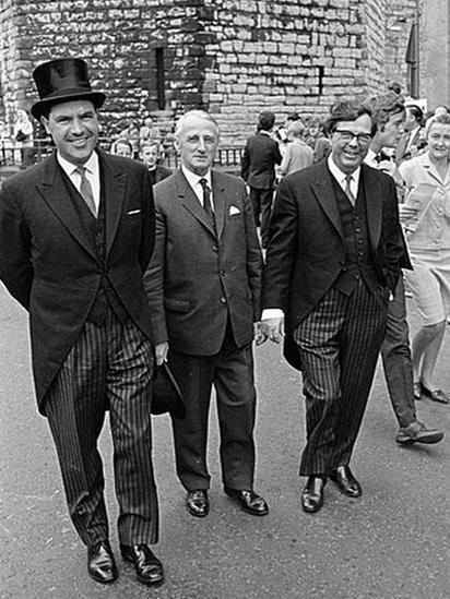Elystan Morgan a Cledwyn Hughes yn Arwisgiad y Tywysog Charles