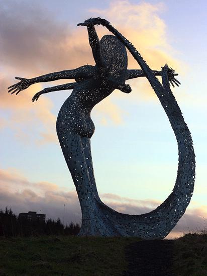 Arria statue