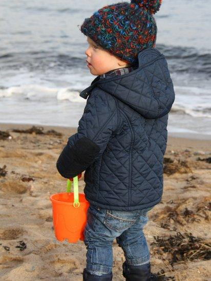 Max collects pebbles