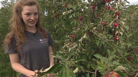 Naomi Trenier, horticulture student