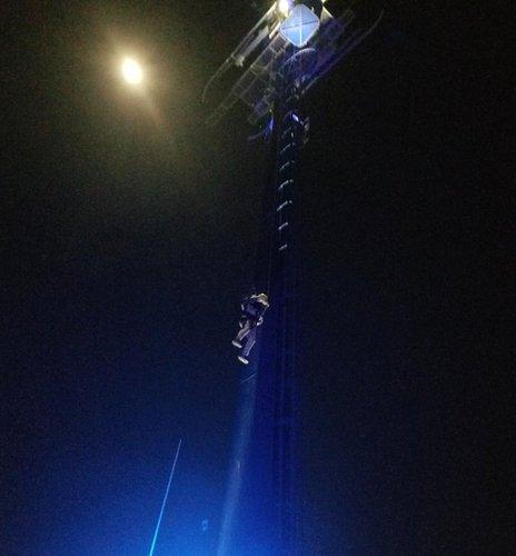 SeaWorld ride rescue