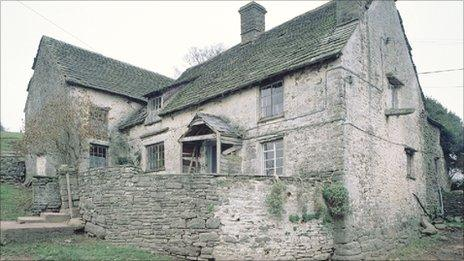 Llwyn Celyn (Photo: Royal Commission of the Ancient and Historic Monuments of Wales)