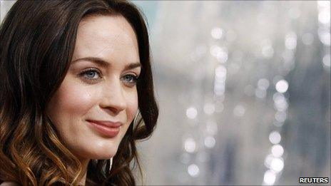 Emily Blunt at the Gulliver's Travels premiere in Hollywood