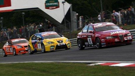 World Touring Car yn Brands Hatch