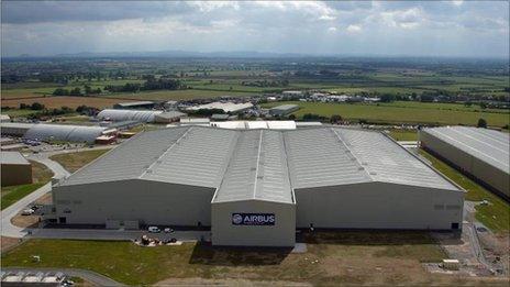 Ffatri newydd Airbus