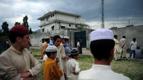 The Bin Laden family on the run