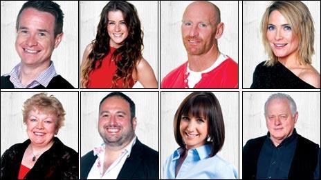 (ch-dd gyda'r cloc)Alex Winters, Lucie Jones, Gareth Thomas, Lisa Rogers, Robert Pugh, Lucy Owen, Wynne Evans a Di Botcher