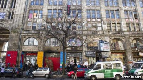 Police outside the Tacheles Kunsthaus in Berlin (March 2012)