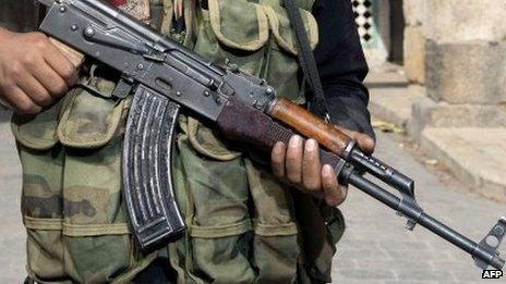 (File photo) A Syrian rebel in Aleppo