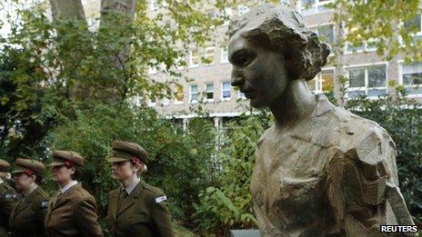 Statue of Noor Inayat Khan in London's Gordon Square Gardens