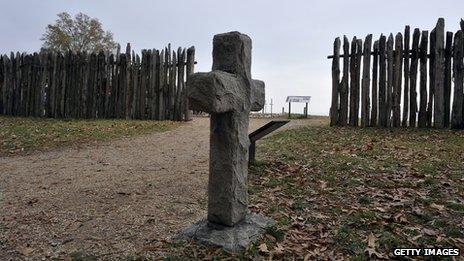 A cross in a Jamestown cemetery