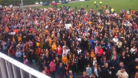 Crowds in Rodney Parade after the bus returns