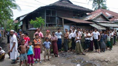 Residents at Aung Mingala, Sittwe