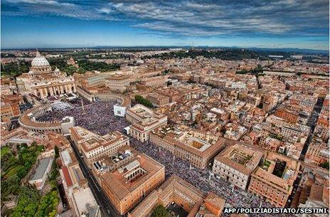 Aerial view of St Peter's Square during Pope John Paul II's beatification