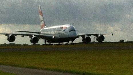 Yr A380 yng Nghaerdydd