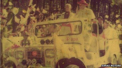 Pope in Sarao Motor Jeepney