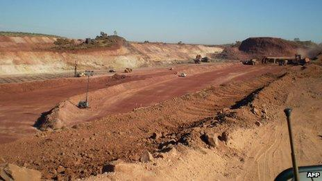 Mining taking place at the Bootu Creek Aboriginal site, 8 June 2011