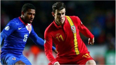 Gareth Bale yn y gêm yn erbyn Croatia