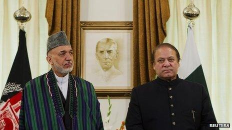 Hamid Karzai (left) and Nawaz Sharif in Islamabad on 26 August 2013