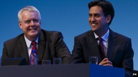 Carwyn Jones ac Ed Miliband