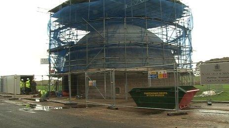 Work on Langham Dome