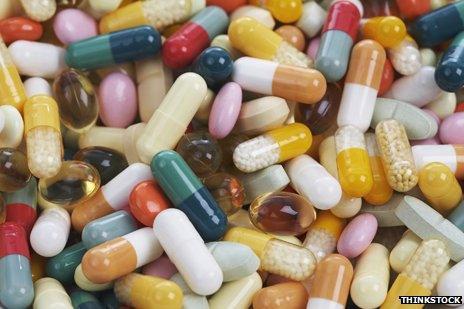 Multi-coloured pills