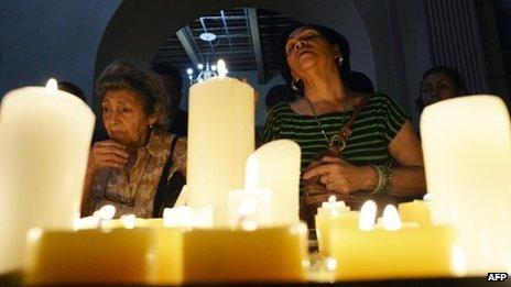 Worshippers in a Caracas church
