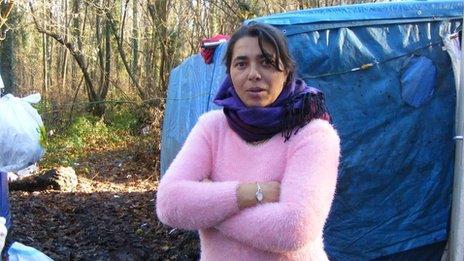 Dorina, 38, Roma camp dweller in Champs-sur-Marne
