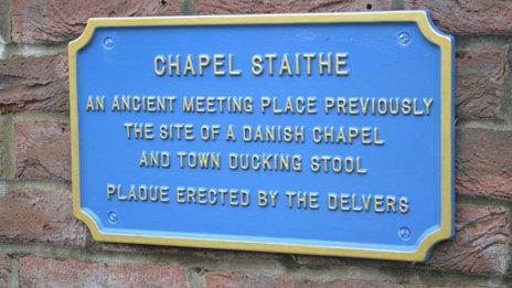 Blur plaque at Chapel Staith