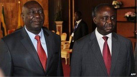 Michel Djotodia (L) and Francois Bozize (R) on 11 January 2013