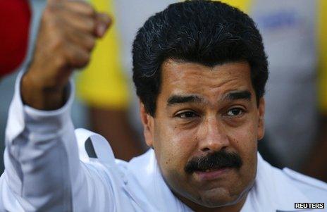 Venezuelan President Nicolas Maduro addressing supporters on 25 February 2014